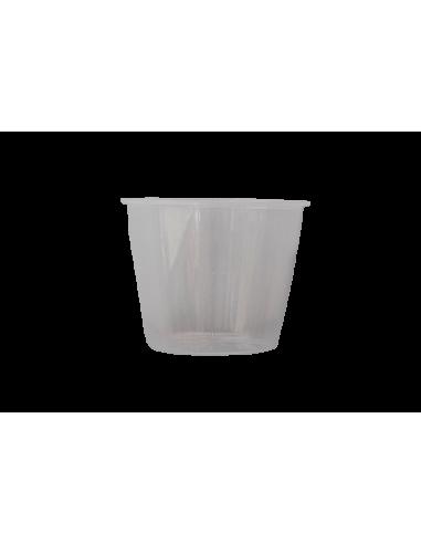 Vaso medidor de plástico con capacidad de 160 mililitros.