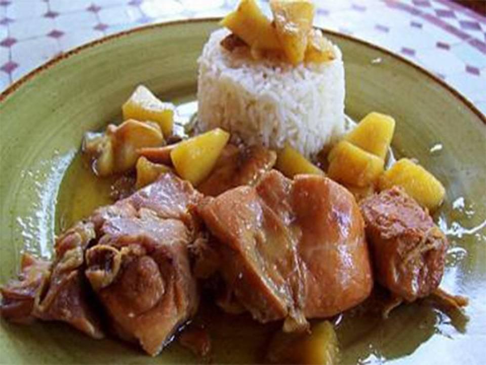 Pollo con Manzana al Pedro Ximenez
