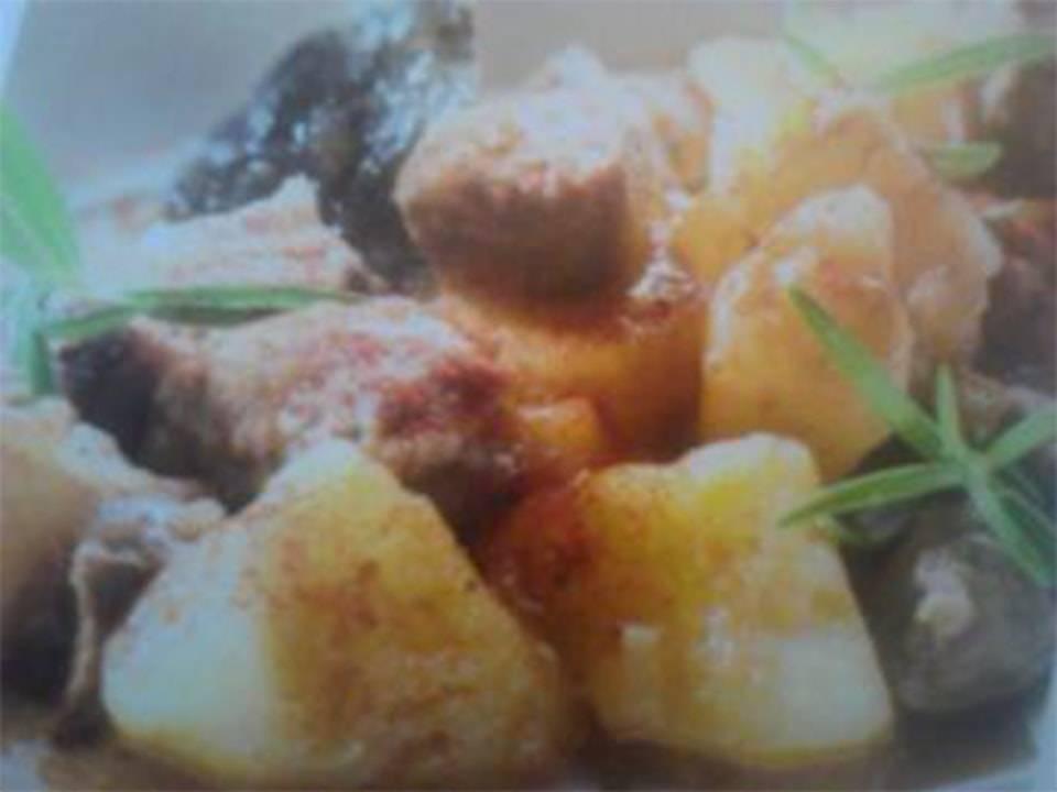 Patatas Con Carne Al Pimenton