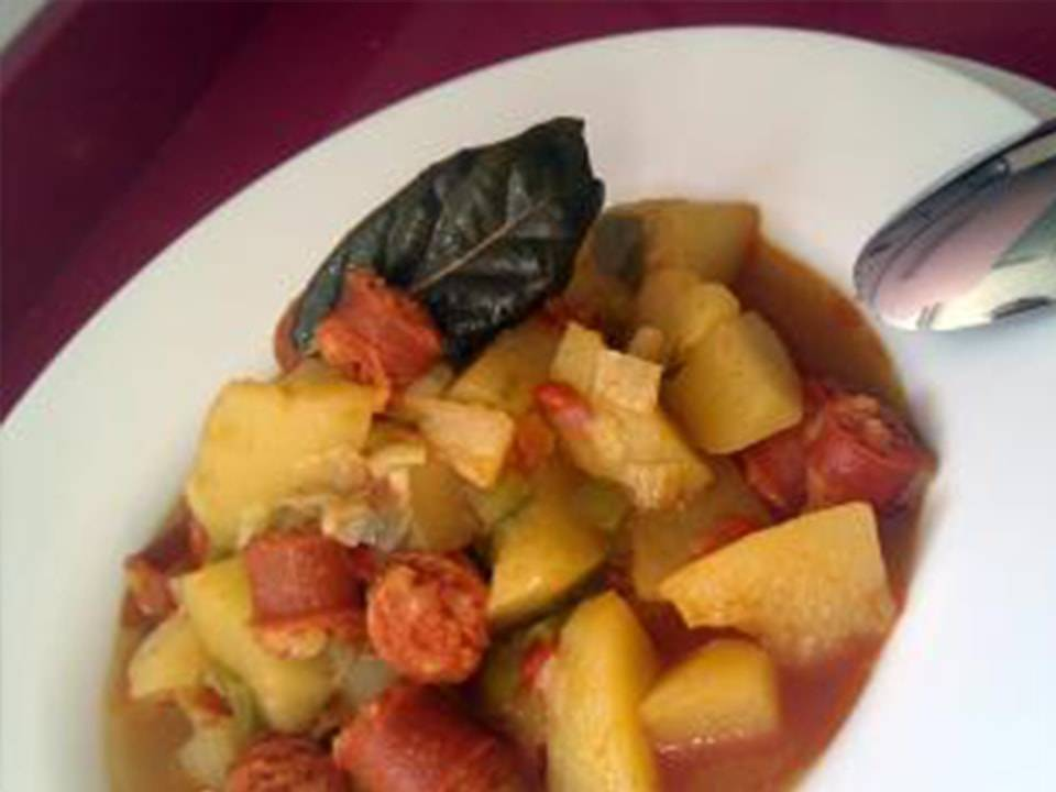 Patatas con Chistorra (FC Home cooking)