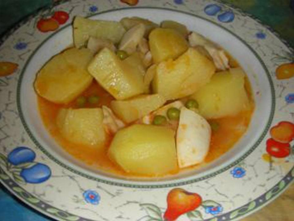 Patatas con Sepia.
