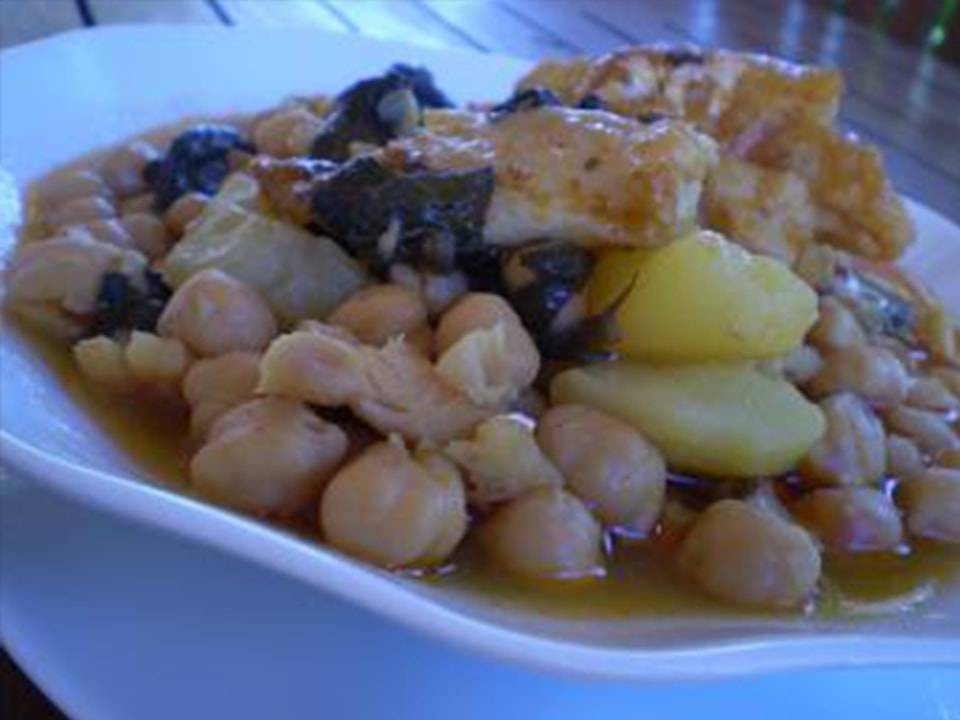 Garbanzos con Bacalao (FC Home cooking)
