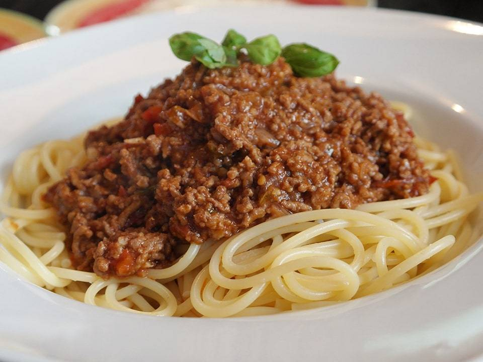 Espaguetti boloñesa.